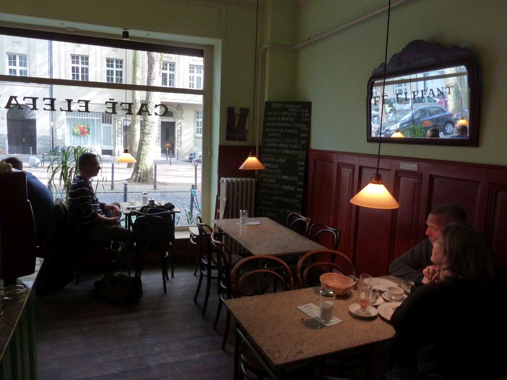 Cologne, Cafe Elefant, Weißenburgstr 50 ...